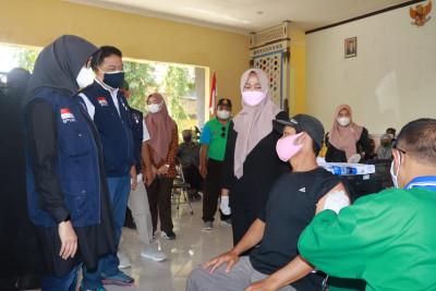 Bali Buka Wisatawan Internasional, Banyuwangi Terus Kebut Vaksinasi